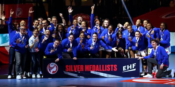 slider-euroehffeminin-vicechampionnes2020